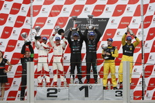 20101128 FIA GT1 Interlagos 00 podium i895